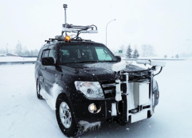 「おすすめ開発製品」インテリジェントウェザーカー(移動気象観測システム)